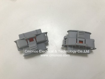 1 928 404 631 BOSCH 1928404631 Automotive wire harness cable connector plastic housing electrical