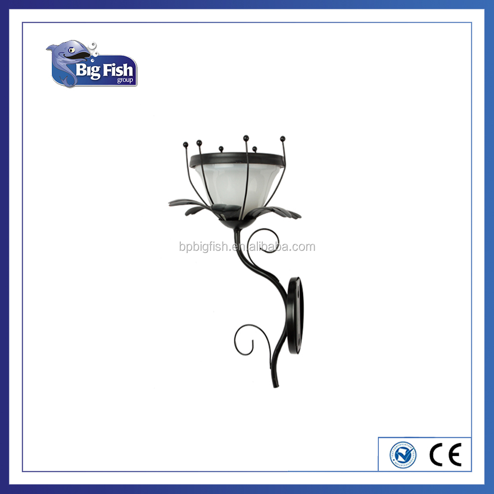 Outdoor Flower Shaped Wall Mounted Solar LED Garden Light