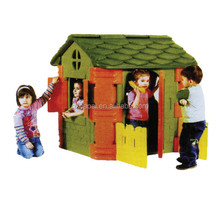 A-08103 High Quality Funny Plastic Toy House