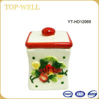 Beige relief strawberry ceramic artificial fruit small soup jar