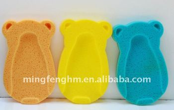 Lovely Bear shape bath mattress sponge makeyour baby's bath time more fun and easy