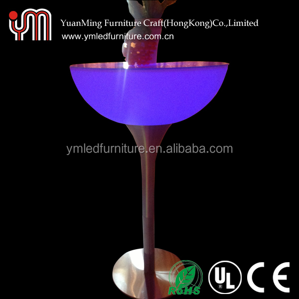Hight Quality PE Materail Led Illuminated Cocktail Table