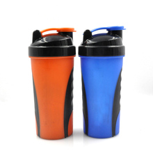 Small Protein Shaker Plastic Powder Shaker Bottle with Mixer Ball