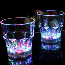 Hot sale 2015 new flashing LED CUP, drinking cup