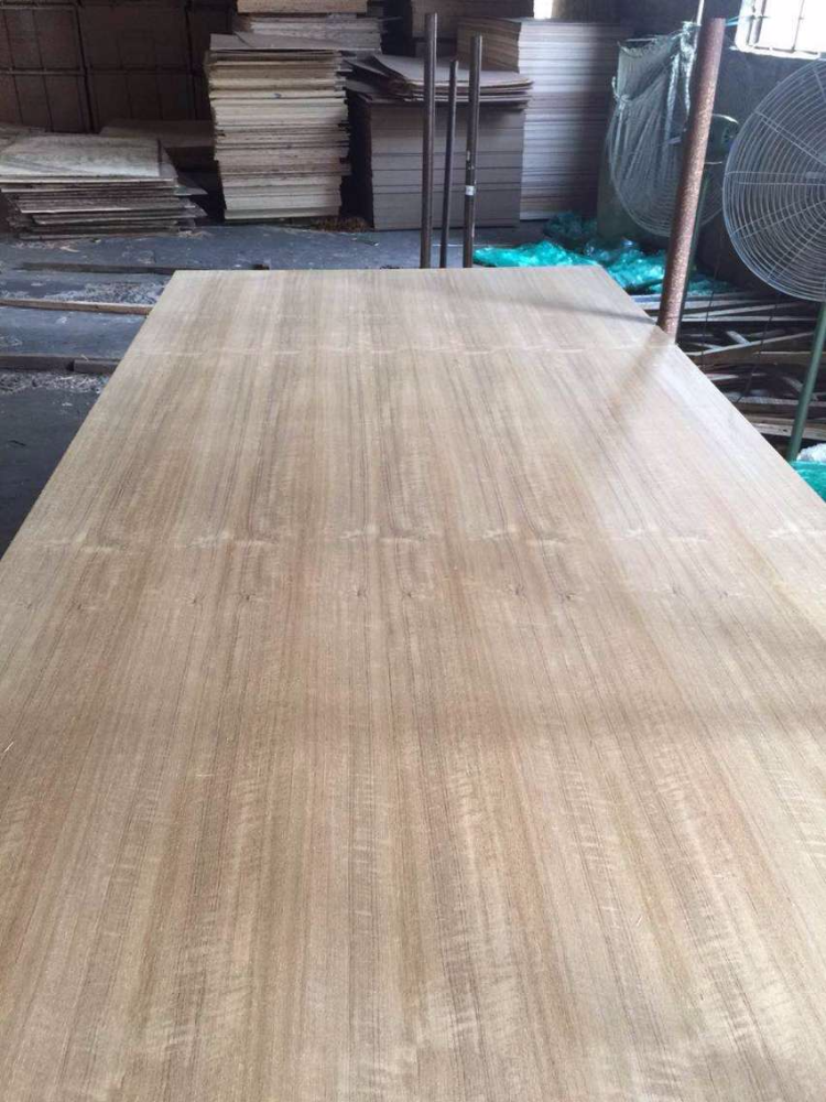 Nature teak <strong>veneer</strong> MDF for Ethiopia size 1220*2440*6mm