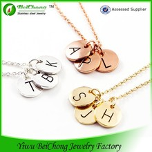 Beichong brand wholesale printed letter single initial stainless steel disc necklace charm pendant