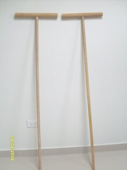 CUBAN WOOD MOP STICK