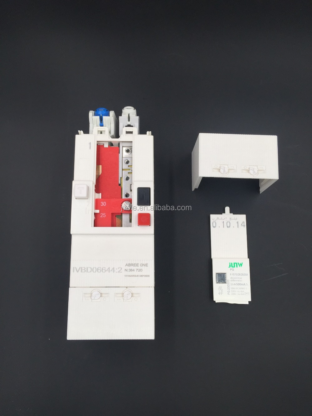 China circuit breaker mcb 2P and 4P 10-30a,30-60a
