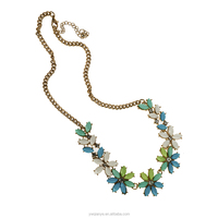 Fashion acrylic water prop pearl rhinestonflower shape necklace