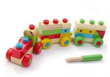Baby favorite wooden make-up train,Educational nut combinations railway,Wooden multifunction train toy set