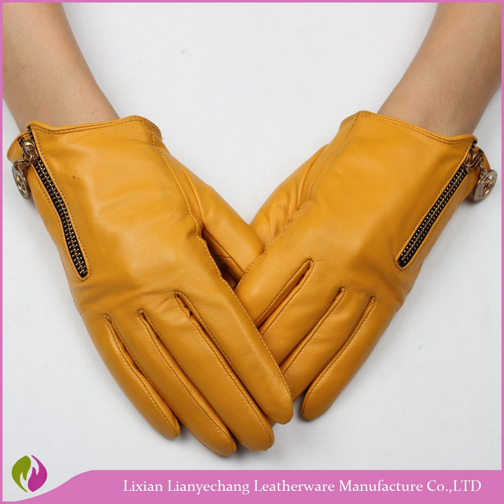 Hebei baoding cheap fashion ladies fingerless leather gloves/motorcycle gloves /cycling gloves