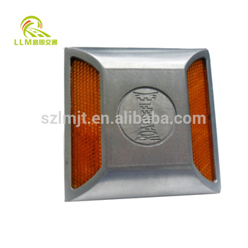 Strong pressure resistance plastic pavement marker reflective road stud reflectors