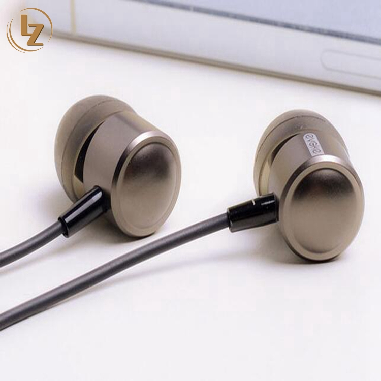 Best Quality Metal Earphone with Stereo Sound for iPhone Earbuds for Small Ears Handfree