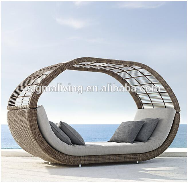 2017 Hot sale wicker rattan big outdoor loft day bed
