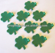 Hot new bestselling product wholesale alibaba handmade St. Patricks Day Shamrock Felt Hair Clippie for Christmas made in China