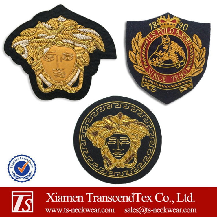 Wholesale high quality fashion badge embroidery patch