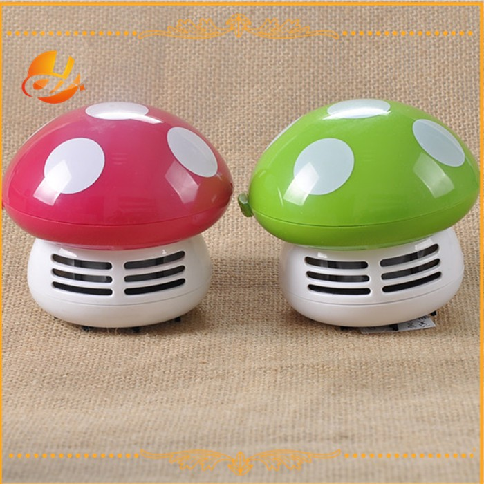 Popular beetle/strawberry shaped mini table vacuum cleaner/Mini desk cleaner