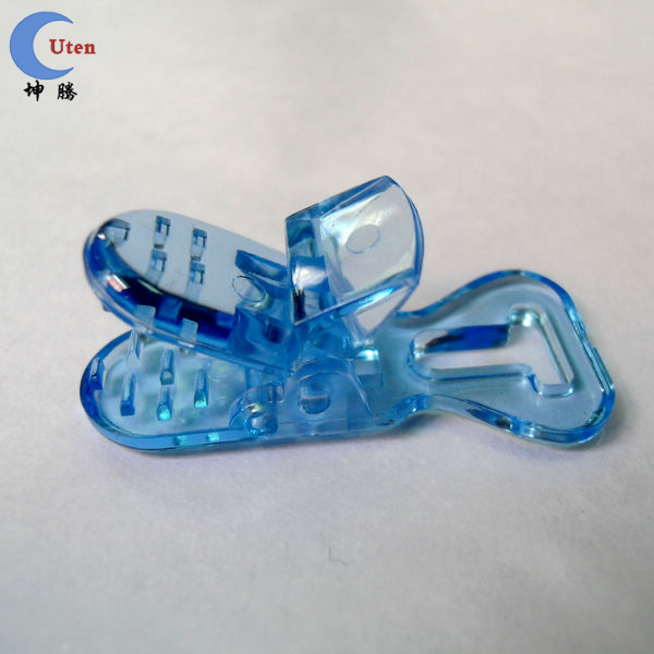 High quality Colored Pacifier Plastic Clip