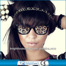 2014 Hot Sell Leopard Glasses With Custom Logo Pinhole Printing On Pinhole Sticker Lens Fashion Sunglasses (BSP2836)