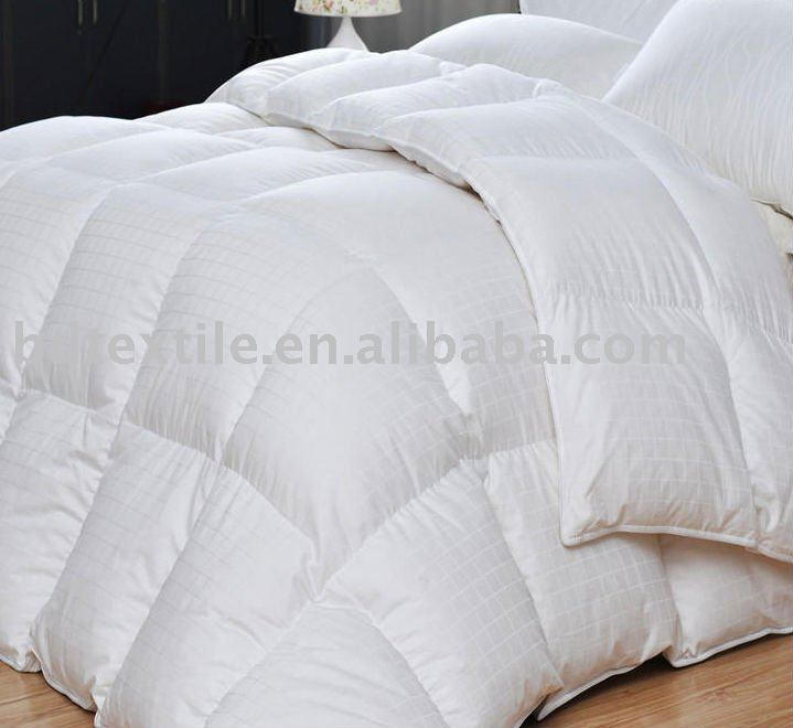 white goose feather bedding