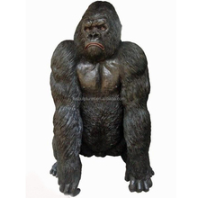 life size whole sale bronze cast animal gorilla statue for outdoor piazza park decoration
