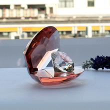 Wholesale artificial crystal glass conch with crystal diamond inside for rich man