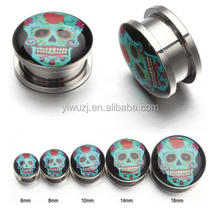 2017 Hot Selling Wholesale Newly Designed 316L Surgical Stainless Steel skull logo printed Internally Thread Flesh Tunnel