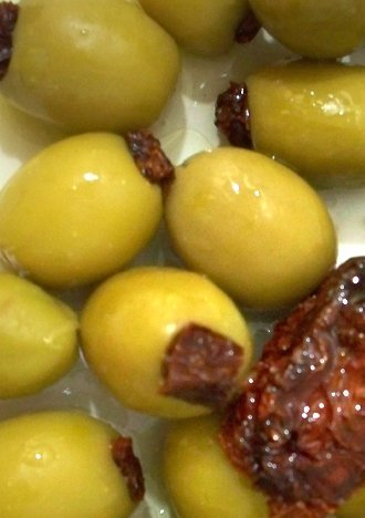 Stuffed Sundried Tomato Green Olives