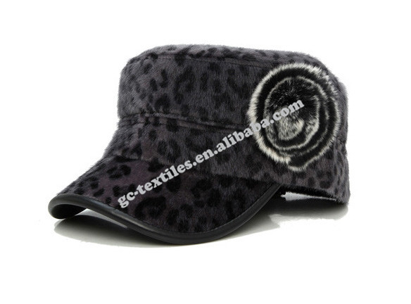 Fashion 5 panel navy hat full leopard winter casual Korean version spring flat cap woolen cap Leopard army cap badge