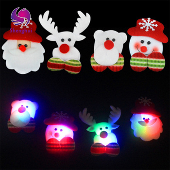 Christmas LED Light Luminous Brooch Badge Decoration Christmas Pendant Christmas Tree Style Brooch