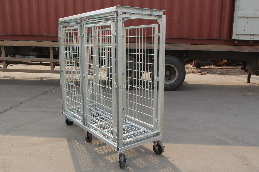 Fish transporation cage with casters