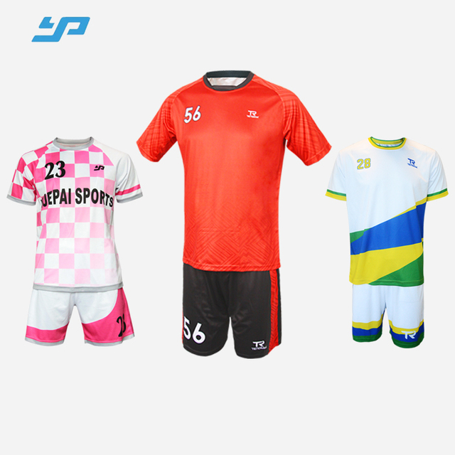 Factory Price Customize 2018 World Cup Football Jersey/soccer jersey set