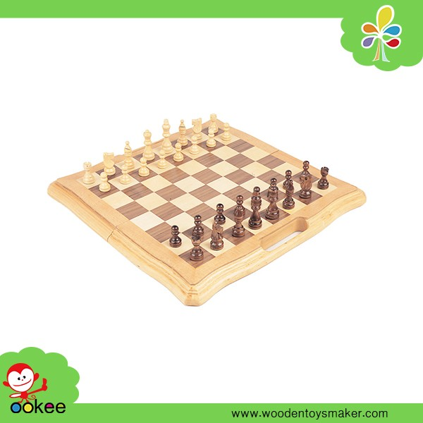 Alibaba trade assurance wood game pieces handmade craft chess pieces manufacturers
