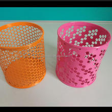 China Factory Metal Pen Holder With Different Design