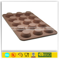 FDA approved food grade microwave oven freezer safe non-stick 15 cone shaped silicone chocolate molds wholesale