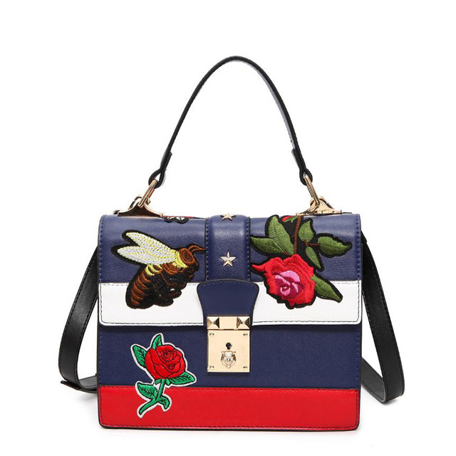 2017 Autumn National Vintage Embroidery Shoulder Bag Women Floral/Bee Embroidered Handbags Ladies Small Lock Crossbody Bag Sac