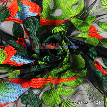 Active bird embroidery with shiny polyster green leaves fabric for garment embroidery textile 2018 fashion new Milan style