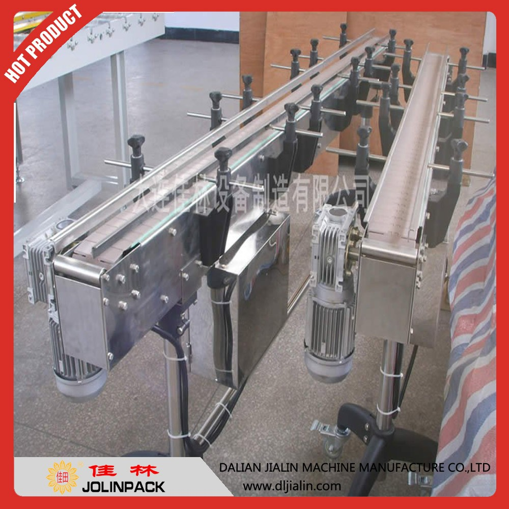 Automatic plastic table top chain conveyor
