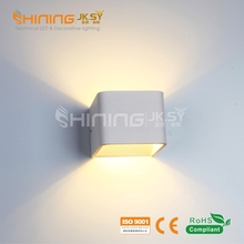 Compound Fitting Indoor Fancy Modern Art Decorative LED Wall Light China Manufacture Price