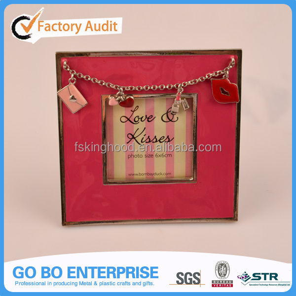 Hot Sale beauty Kiss photo frame/picture frame