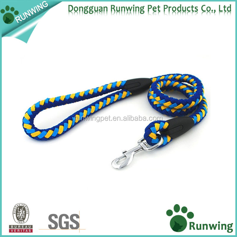 Durable Nylon Braided Traction Rope,Not Only For Trainers, This Leash Is A Great Choice For The Backyard Or For Walking