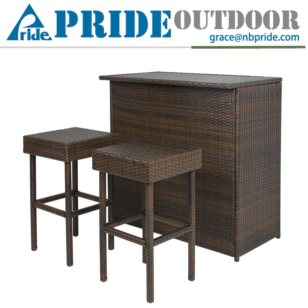 teras bar menghemat ruang kursi mebel rotan besi rotan di lu