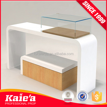 New style white wood clothing display table for clothes store