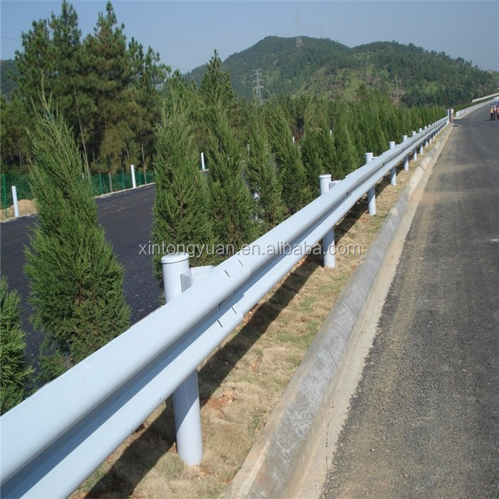 Highway road reflector / highway guardrail / highway steel barrier