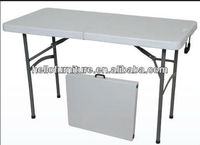 Modern Plastic Furniture Outdoor Fold in Half Table