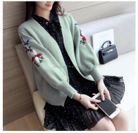 fall ladies loose embroidery sweater coat green bishop sleeve knit short sweater