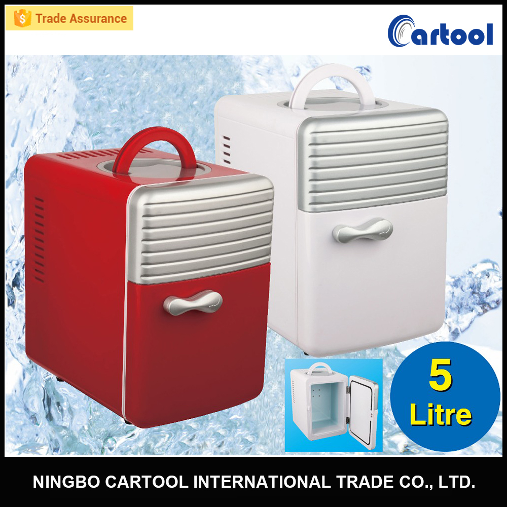 Portable mini thermoelectric cooler and warmer for car 5L
