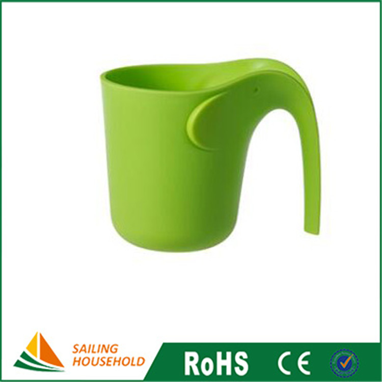Wholesale candy color plastic elephant shape gargle cup tooth washing cup