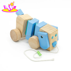 New hottest children pull animal wooden moving toy with dog shape W05B032