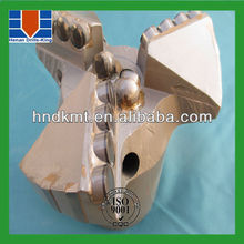 matrix body pdc cutters for oil well drill bits